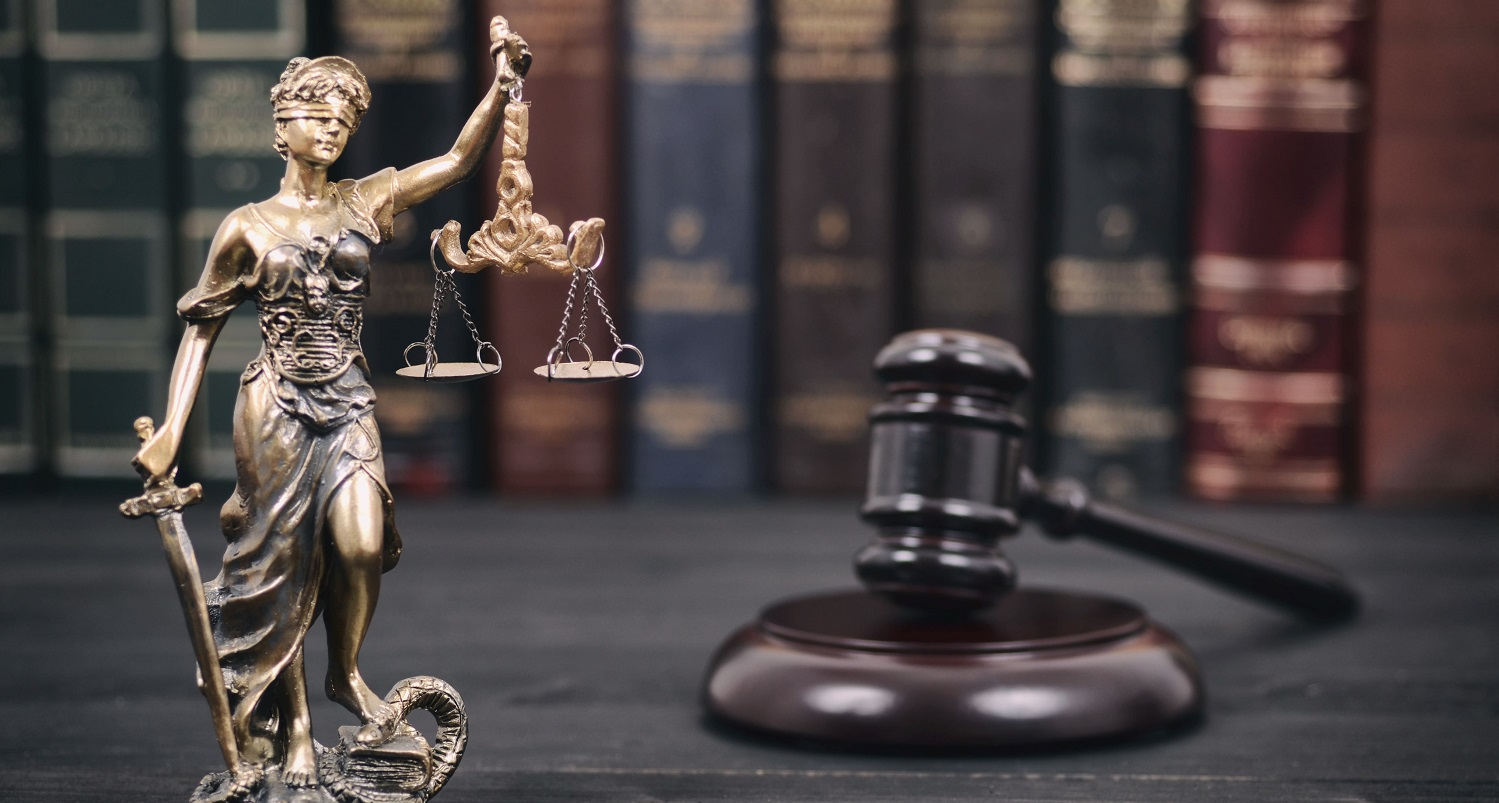 private detective supports lawyers or paralegals